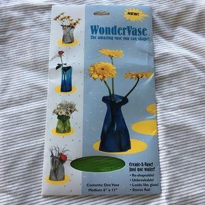 wondervase